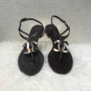 28a77c2a1e88 CHANEL Shoes - Chanel Large CC Logo Entre Doigts Sandal Size 40